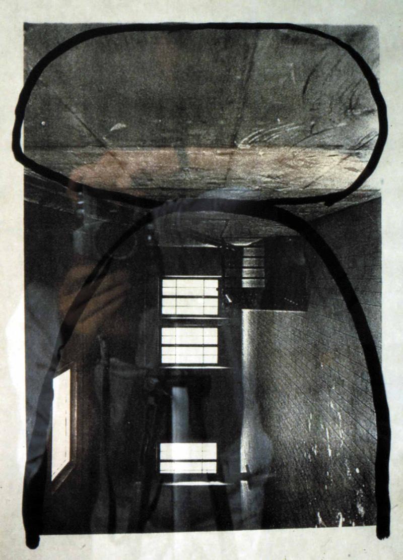 L'arche, la pierre - 1987 – Encre sur photo. 30 x 42 cm.